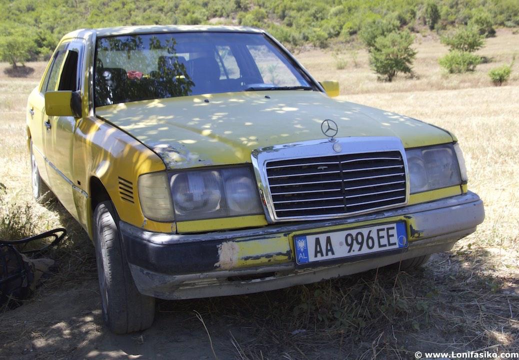 Albania conducir carreteras