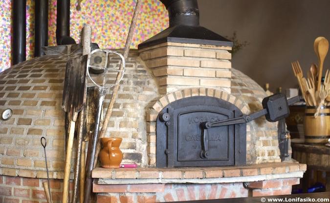 horno de asar tradicional fotos