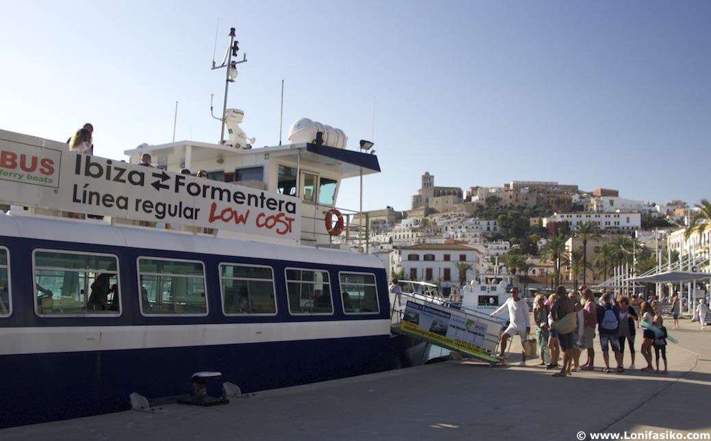 Embarque ferry Ibiza-Formentera