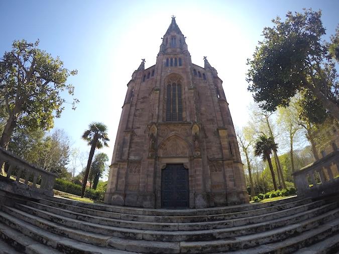 capilla panteón sobrellano marqués de comillas