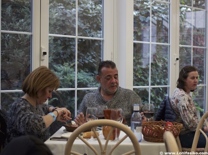 Comer en el restaurante Rincón de España en Burgos
