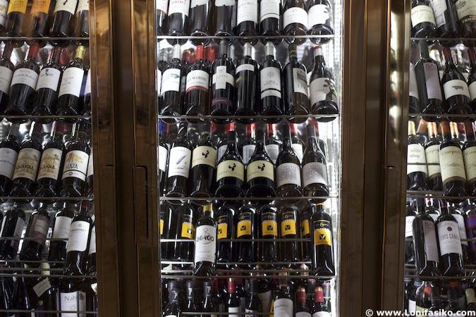 vinos en restaurante Rincón de España en Burgos