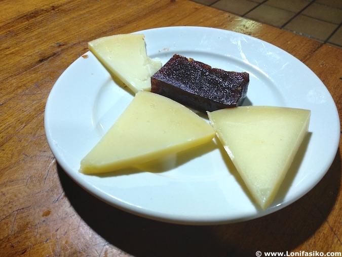 Postre menú sidrería en País Vasco