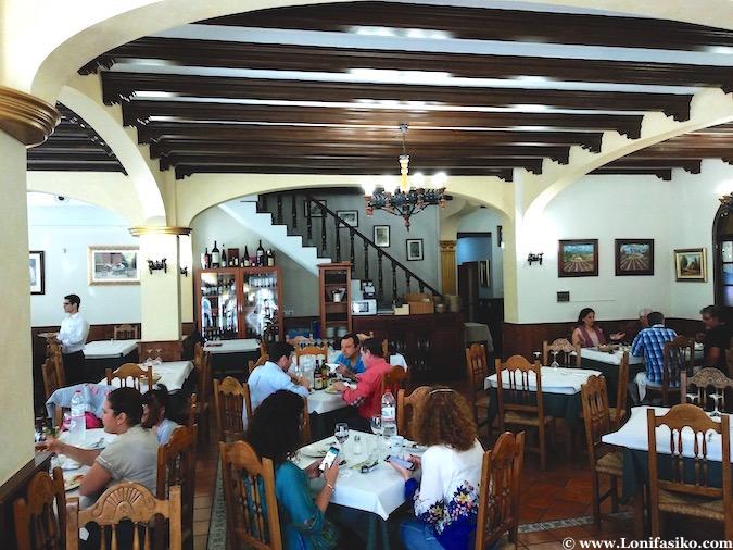 comer en el restaurante La Pachanga en Los Palacios y Villafranca
