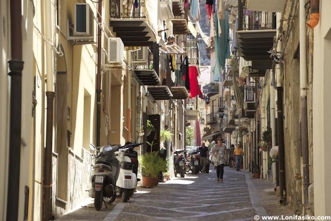 cefalú sicilia calles