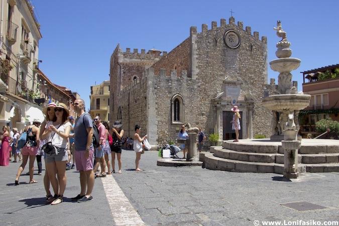 Duomo di Taormina fotos