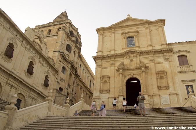 iglesias noto sicilia