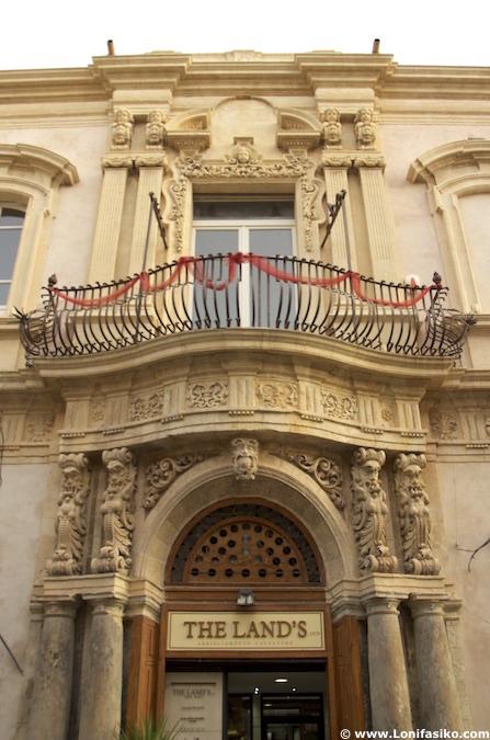 palacios noto sicilia