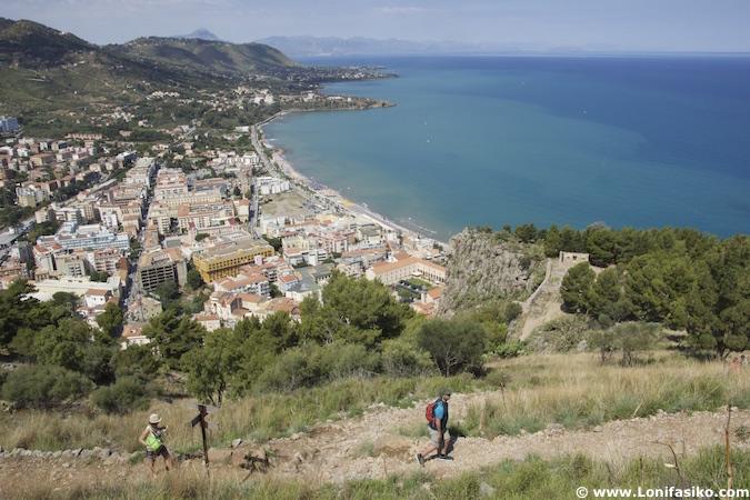 ruta subida La Rocca Cefalú