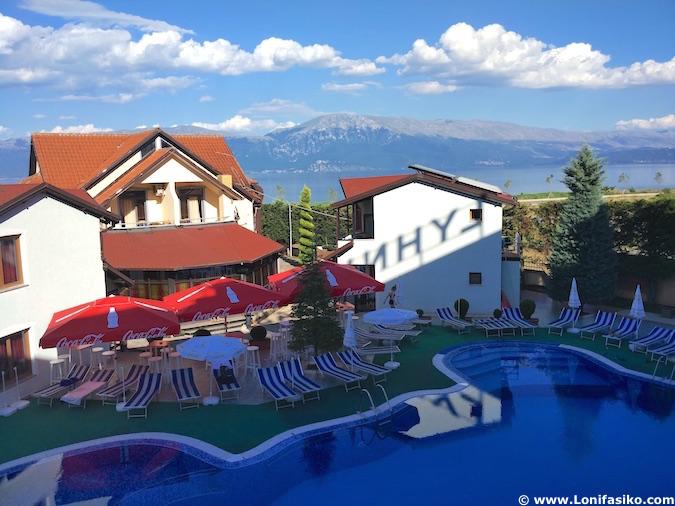 Alojamiento lago Orhid Albania