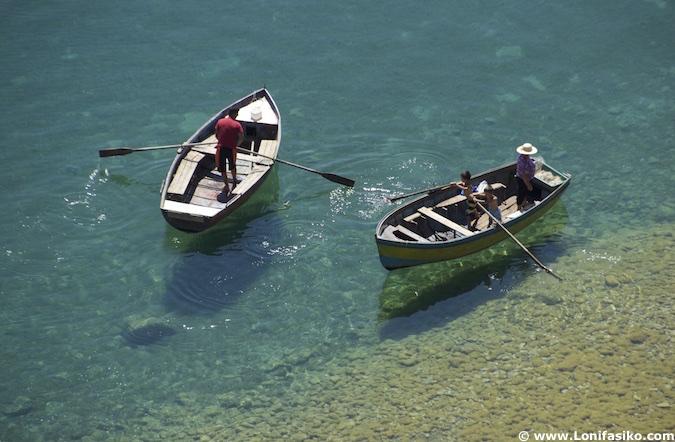 aguas lago Orhid Albania