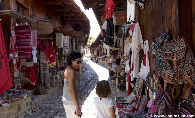 shopping en albania
