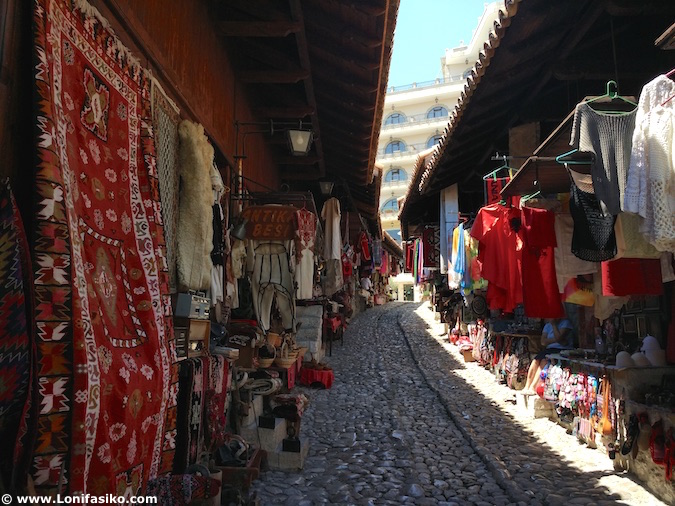 Bazar otomano de Krujë en Albania