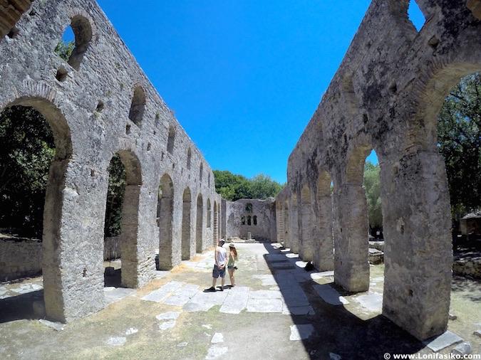 Visitar Butrint en Albania
