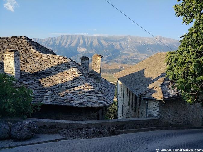 Tejados Gjirokastër an Albania fotos