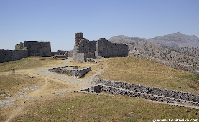 fotos castillo Shkodër albania