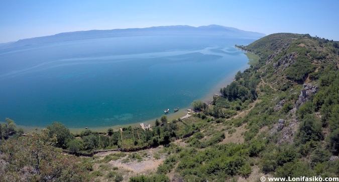 Lago Orhid en Albania