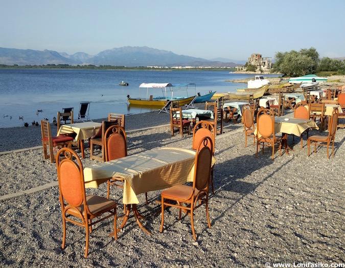 restaurantes shiroke lago Shkodër albania