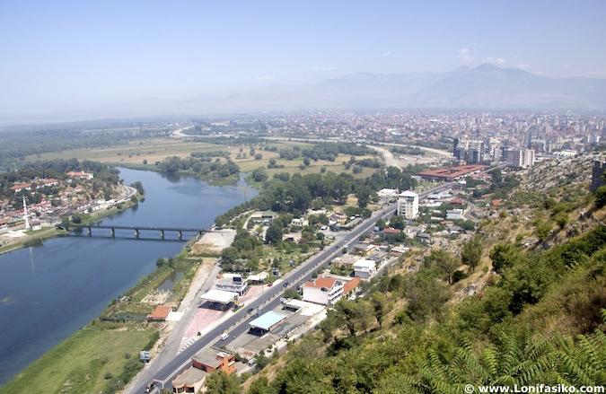 Río Bojana desde Shkodër albania