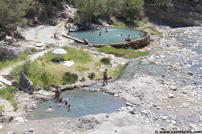 Termas naturales Bënjë Permet Albania