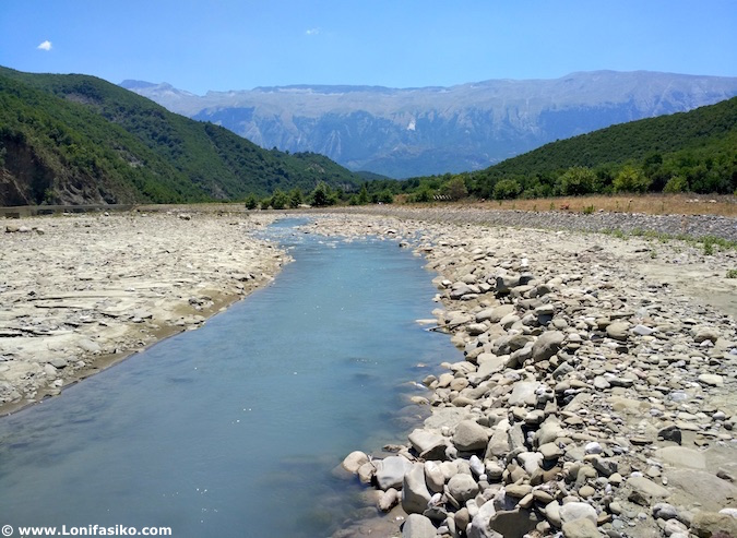 río termas bënjë përmet albania