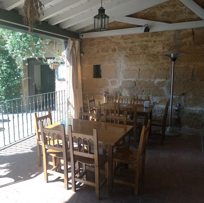 terraza restaurante asador ochavo sajazarra