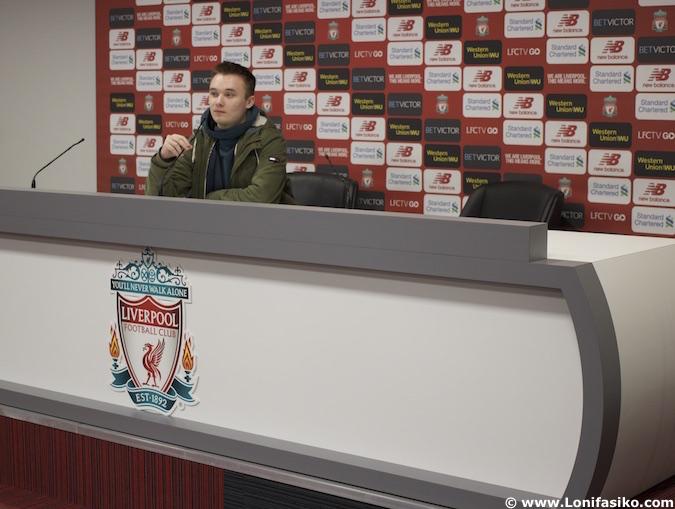 Sala de prensa en Anfield Liverpool