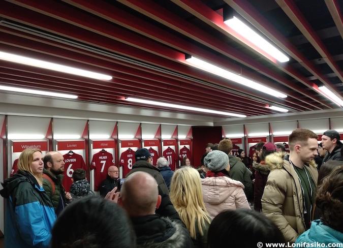 Tour por Anfield campo del Liverpool