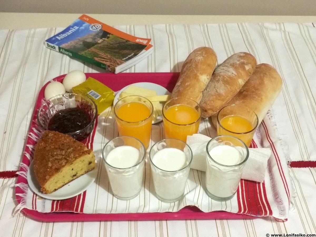 desayuno hotel shkoder albania
