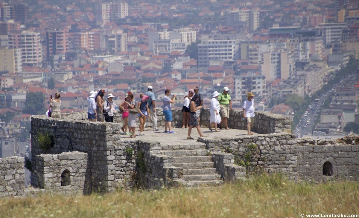 que ver en shkodër albania: castillo de Rozafa