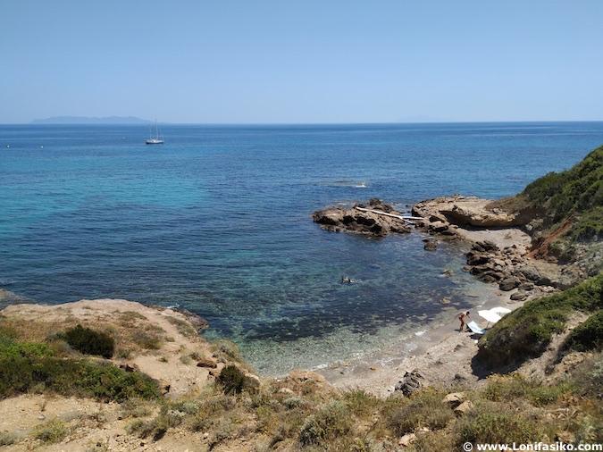 Cala Tamarone Cap Corse Córcega
