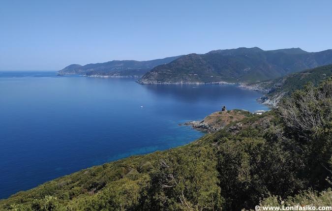 carretera D80 Córcega Cap Corse