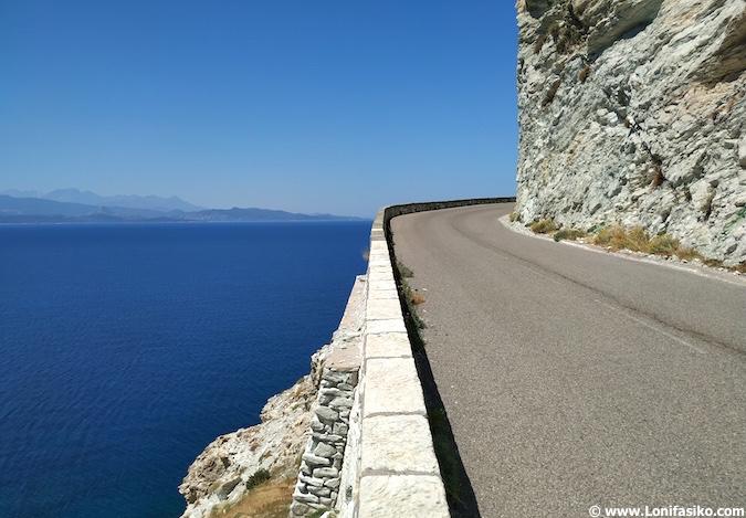 conducir en Córcega en carreteras de Cap Corse
