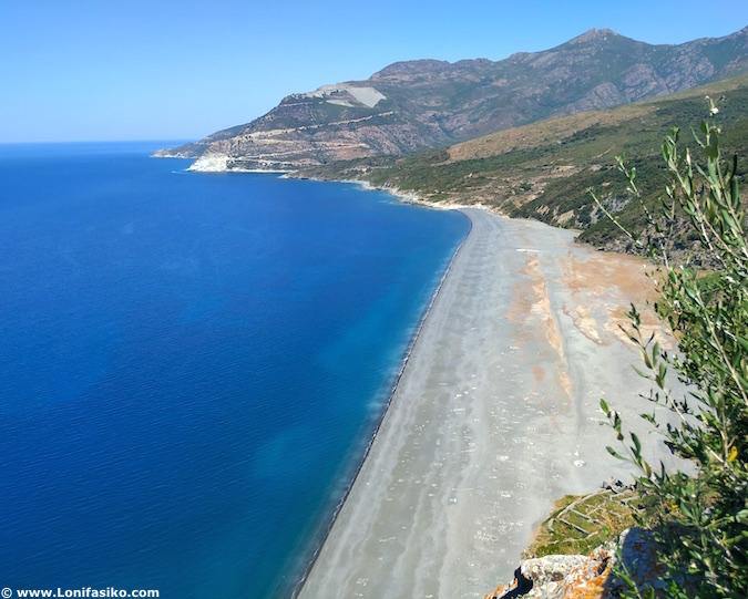 Playa Nonza Cap Corse Córcega