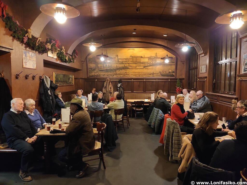 Cervecería artesanal en Düsseldorf (Alemania): Uerige