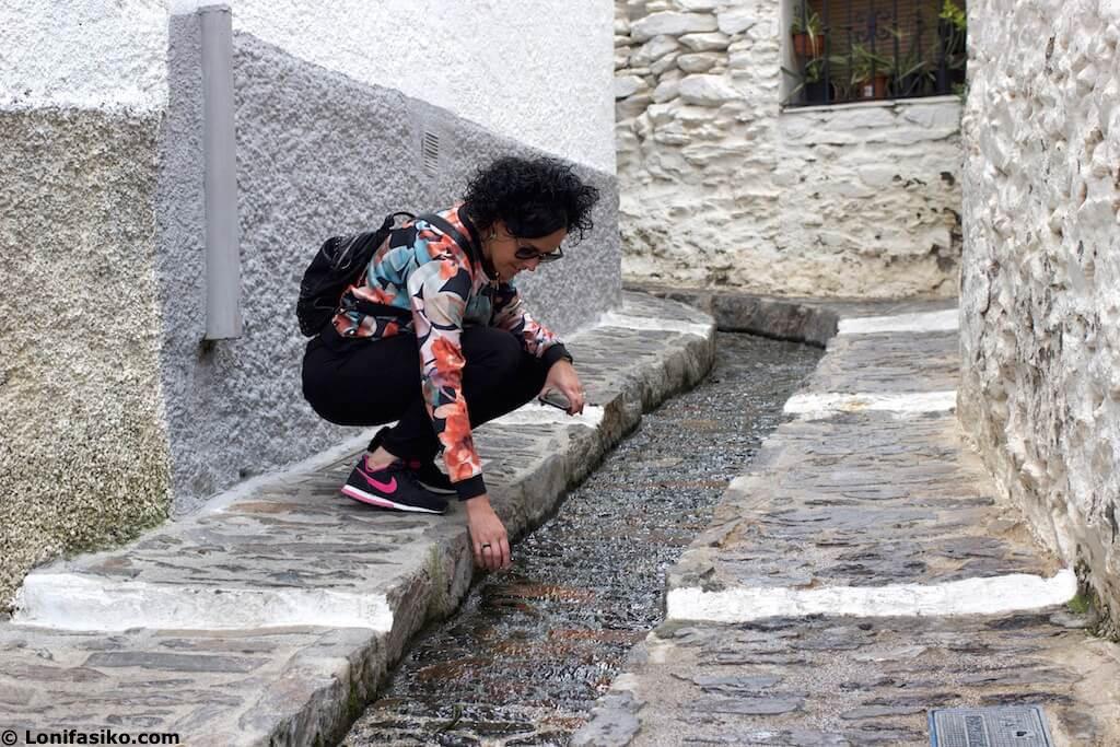 Acequias canales agua Pampaneira Granada
