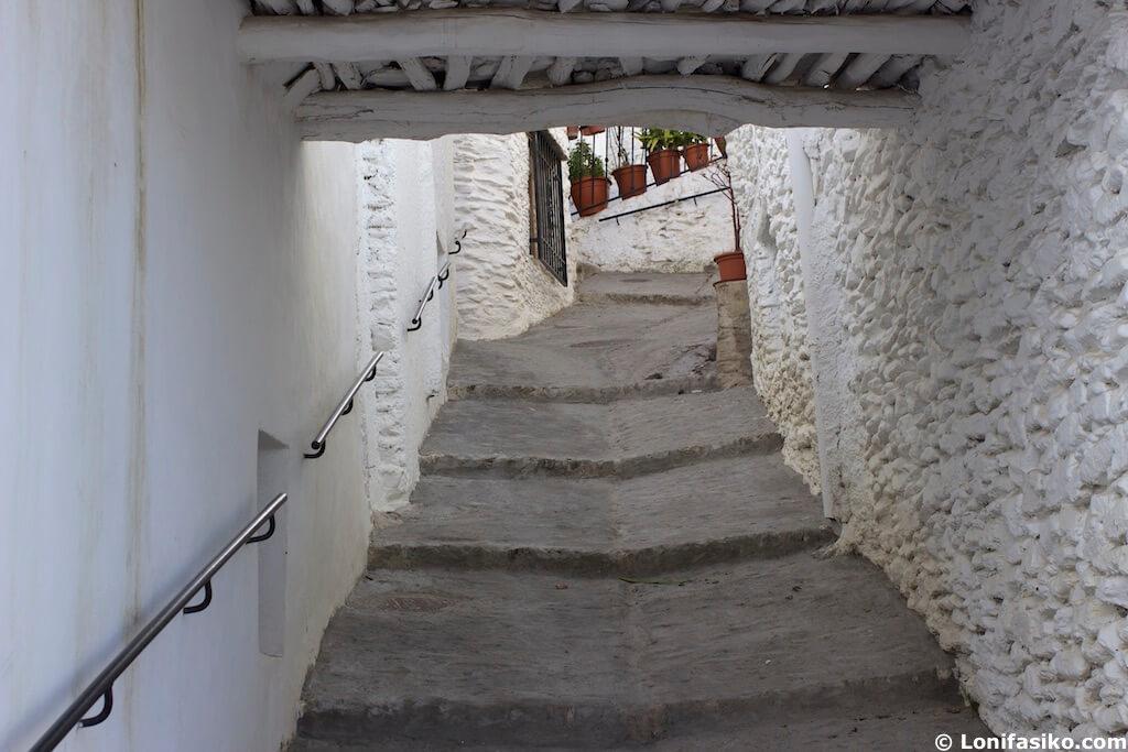 Capileira pueblos bonitos Alpujarra Granada