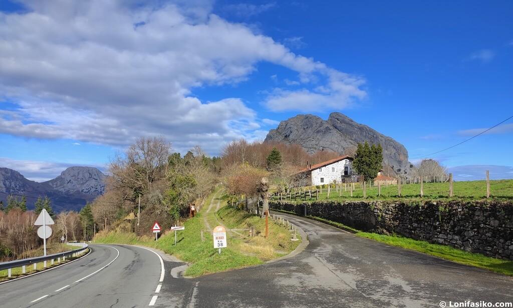 Caserío Parque Natural Urkiola