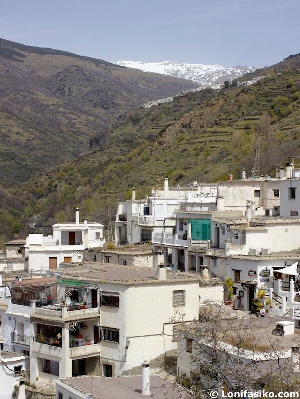 Pueblos barranco de Poqueira Alpujarra Granada
