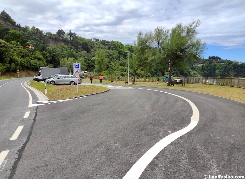 paseo deba mutriku aparcamiento donde aparcar