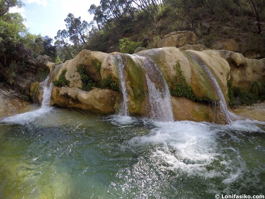 cascada afluente rio borosa