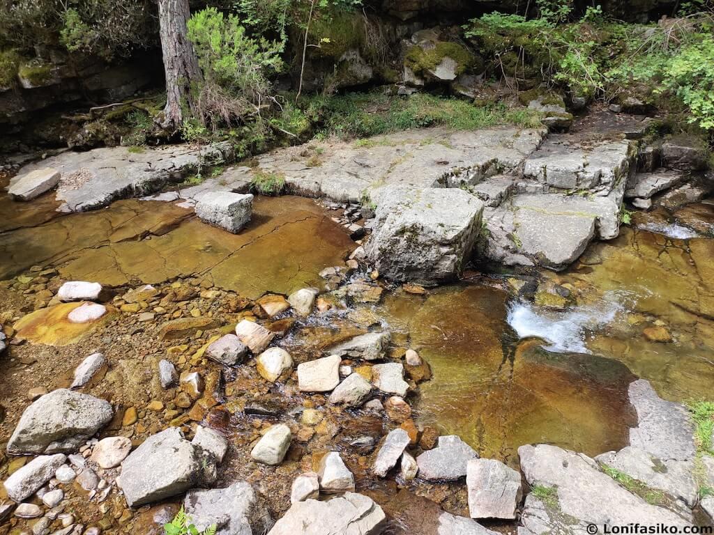 visitar cascadas de puente ra en verano