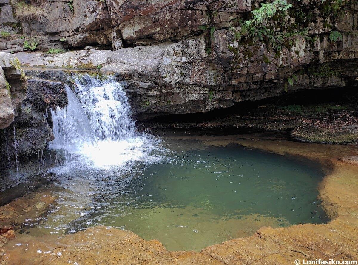 cascadas de puente ra pozas donde bañarse