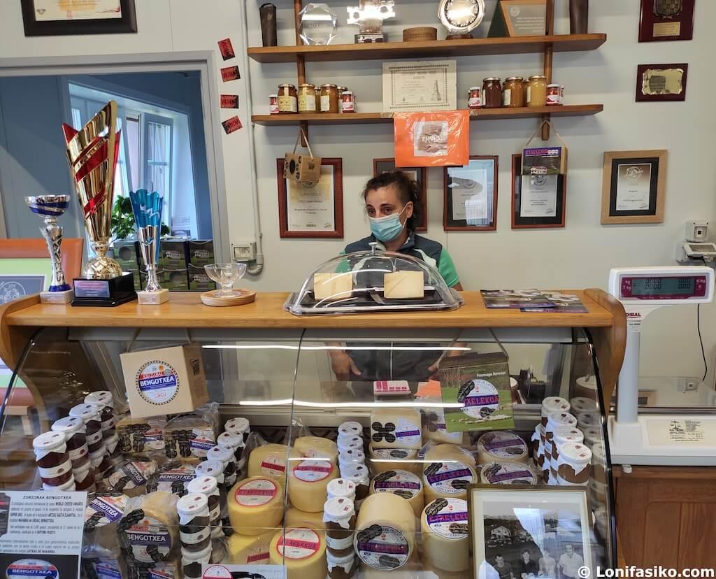 Quesería Etxelekua dónde comprar quesos en Urdax-Urdazubi